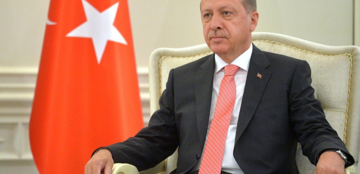Відновлення паромного сполучення між Кримом і Туреччиною – що робити Києву?