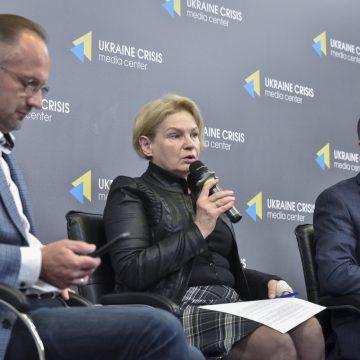 Зупинити Лукашенка. Що може зробити Україна